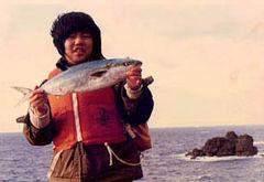 1977年冬。島根半島で初めてマルゴ(ハマチ)